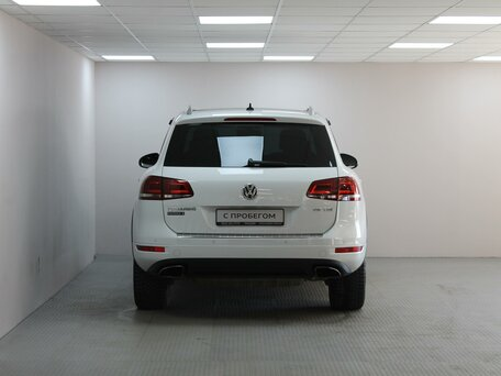 Купить Volkswagen Touareg пробег 120 000.00 км 2014 год выпуска