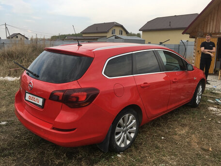 Купить Opel Astra пробег 175 000.00 км 2012 год выпуска