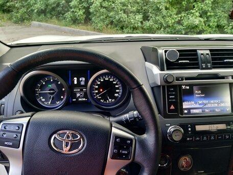 Купить Toyota Land Cruiser Prado пробег 26 300.00 км 2016 год выпуска