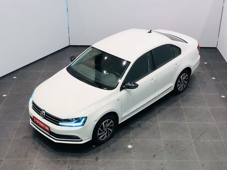 Купить Volkswagen Jetta пробег 69 500.00 км 2017 год выпуска