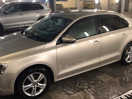 Купить Volkswagen Jetta пробег 150 000.00 км 2012 год выпуска