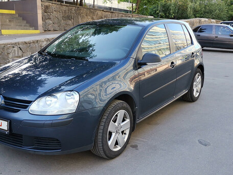 Купить Volkswagen Golf пробег 144 000.00 км 2008 год выпуска