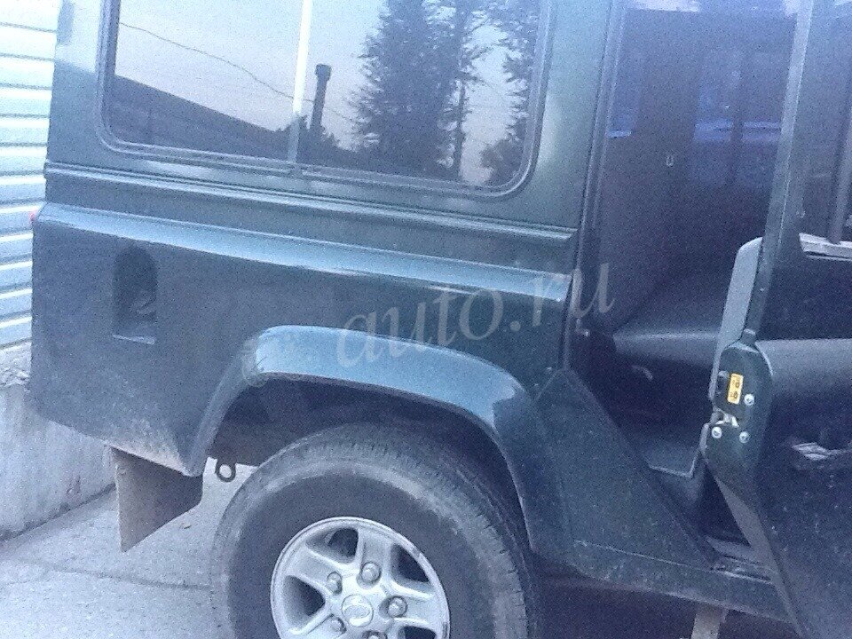 2002 Land Rover Defender  I 110, зелёный - вид 7