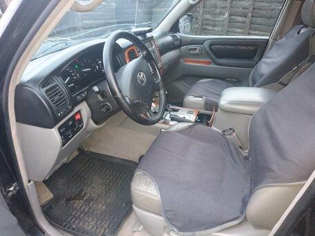 Купить Toyota Land Cruiser пробег 370 000.00 км 2004 год выпуска