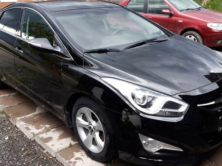 Купить Hyundai i40 пробег 75 000.00 км 2014 год выпуска