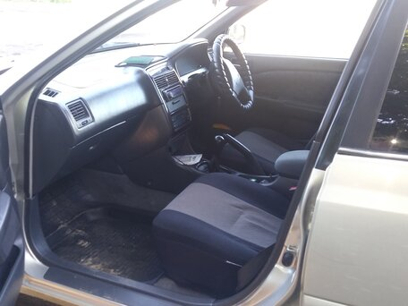 Купить Toyota Carina пробег 320 000.00 км 2000 год выпуска