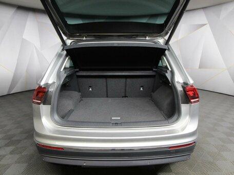 Купить Volkswagen Tiguan пробег 8 421.00 км 2017 год выпуска