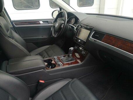 Купить Volkswagen Touareg пробег 85 705.00 км 2014 год выпуска