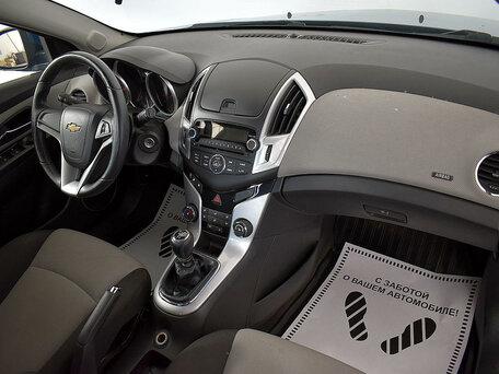Купить Chevrolet Cruze пробег 90 159.00 км 2013 год выпуска