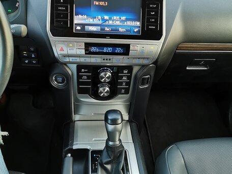 Купить Toyota Land Cruiser Prado пробег 32 800.00 км 2017 год выпуска