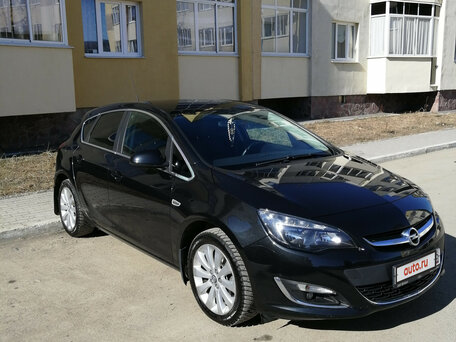Купить Opel Astra пробег 63 000.00 км 2014 год выпуска