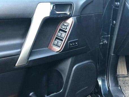 Купить Toyota Land Cruiser Prado пробег 56 000.00 км 2013 год выпуска