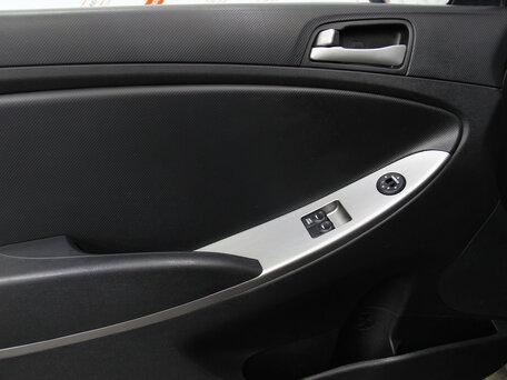 Купить Hyundai Solaris пробег 50 579.00 км 2015 год выпуска