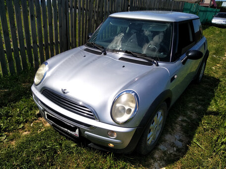 Купить MINI Hatch пробег 135 000.00 км 2003 год выпуска