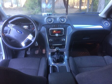 Купить Ford Mondeo пробег 160 000.00 км 2012 год выпуска