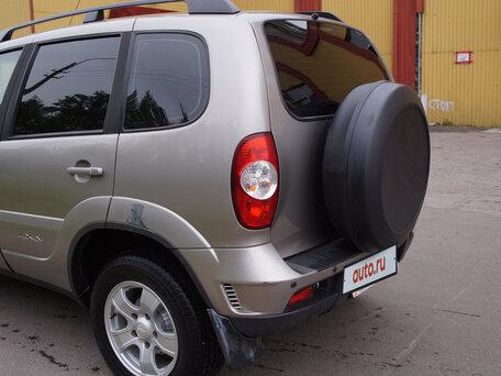 Купить Chevrolet Niva пробег 70 800.00 км 2011 год выпуска