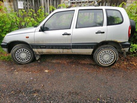 Купить Chevrolet Niva пробег 207 000.00 км 2004 год выпуска