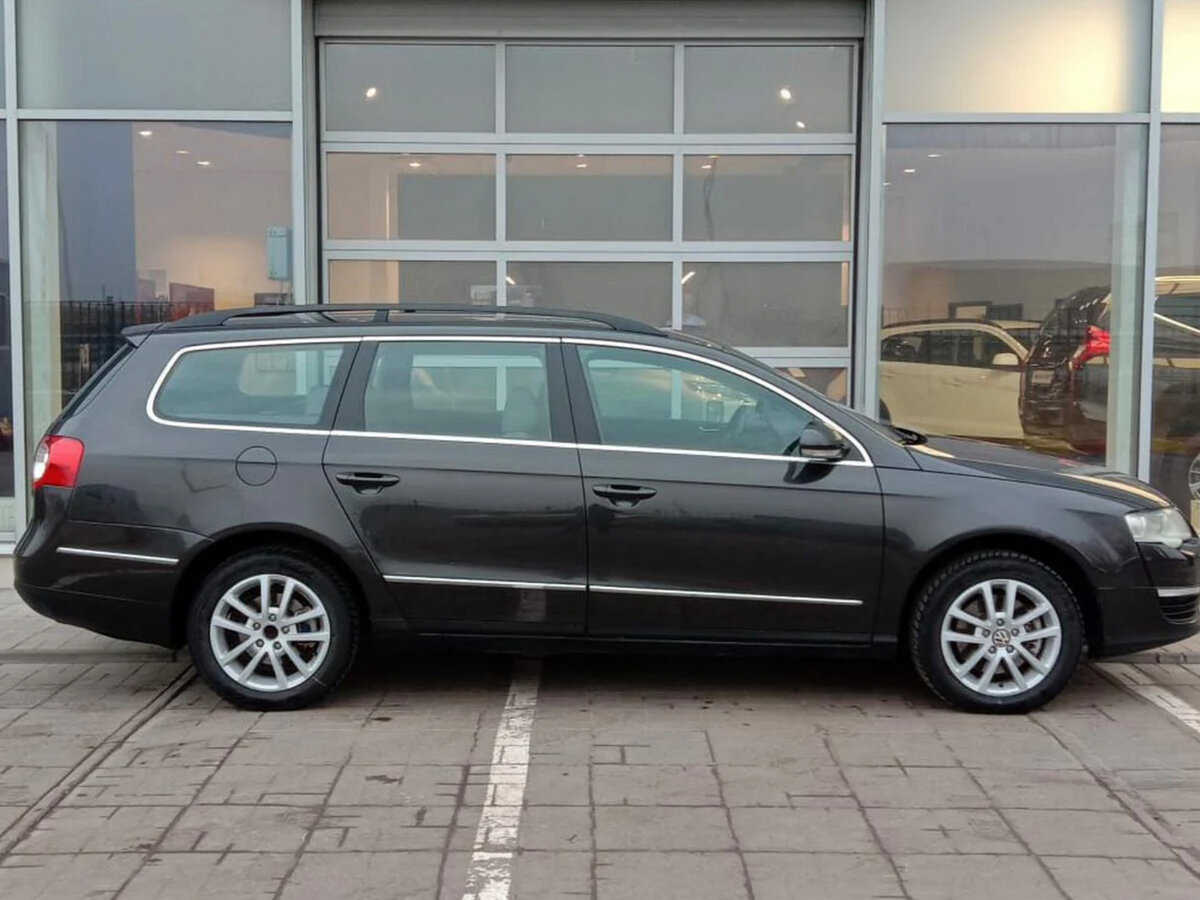 Volkswagen | Passat, B1