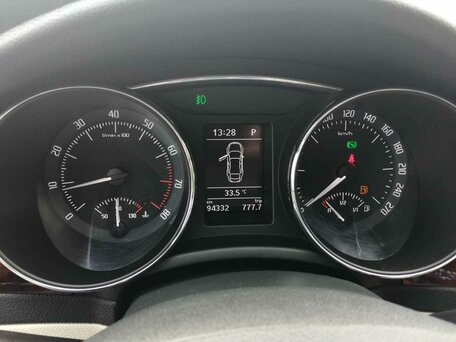 Купить Skoda Superb пробег 94 350.00 км 2013 год выпуска