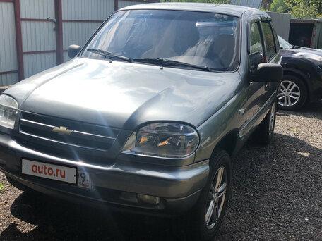 Купить Chevrolet Niva пробег 102 000.00 км 2005 год выпуска