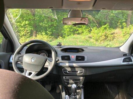 Купить Renault Megane пробег 180 000.00 км 2010 год выпуска