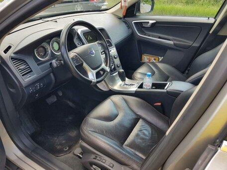 Купить Volvo XC60 пробег 86 500.00 км 2012 год выпуска