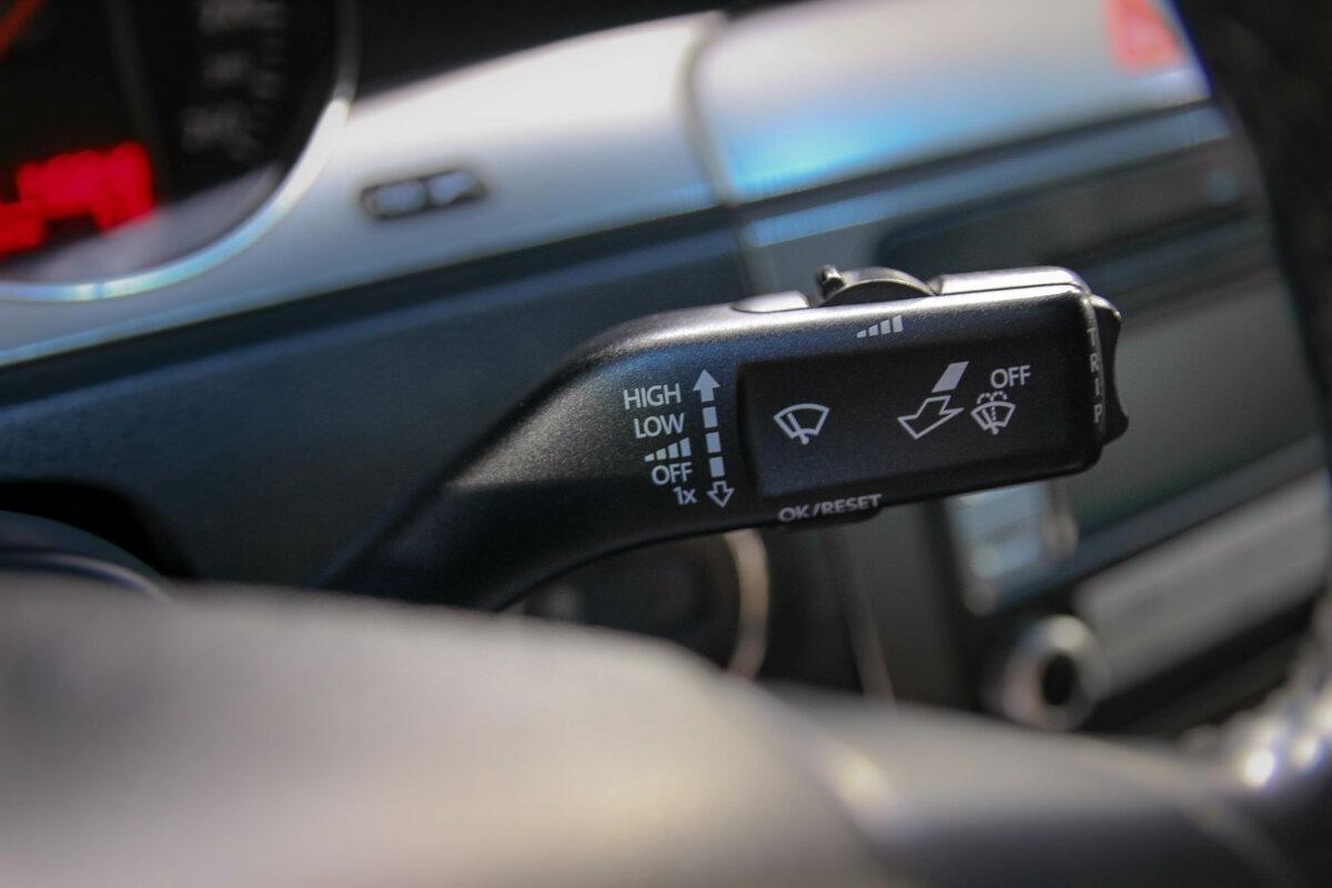 Купить б/у Volkswagen Passat B6 1 9d MT (105 л с ) дизель