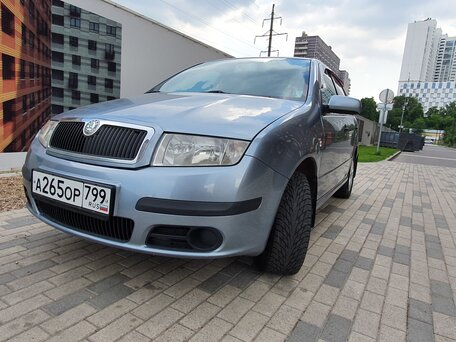Автосалон шкода фабия москва проверить авто на нахождение в залоге