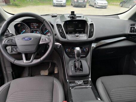 Купить Ford Kuga пробег 28 000.00 км 2018 год выпуска