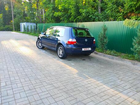Купить Volkswagen Golf пробег 250 000.00 км 2001 год выпуска