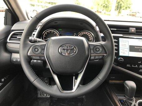 Купить Toyota Camry пробег 250.00 км 2018 год выпуска