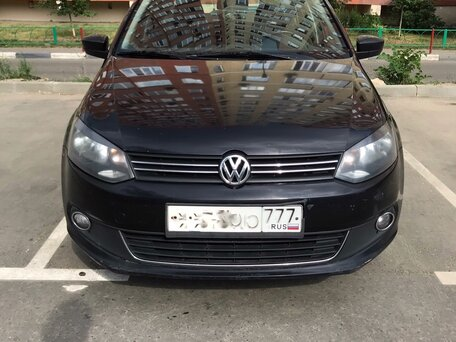 Купить Volkswagen Polo пробег 122 000.00 км 2012 год выпуска