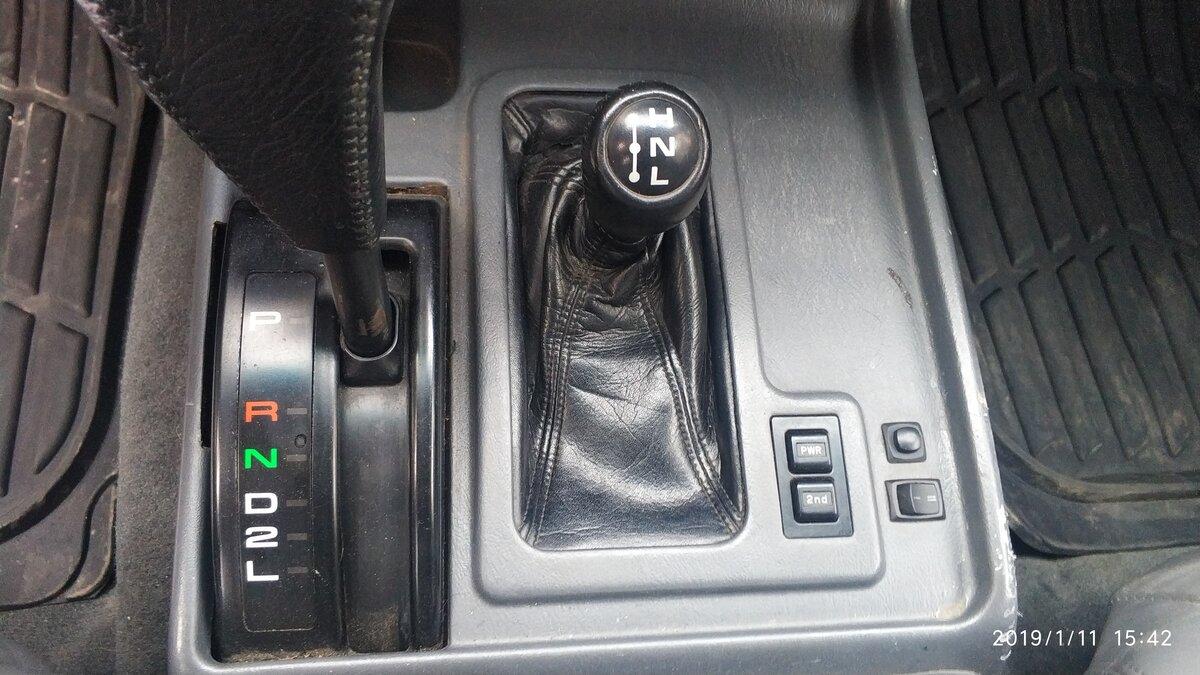 Купить б/у Toyota Land Cruiser 80 Series Рестайлинг 4 5 AT