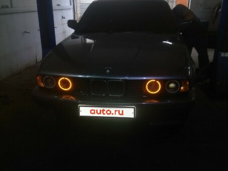 Купить BMW 5 серия пробег 300 000.00 км 1988 год выпуска