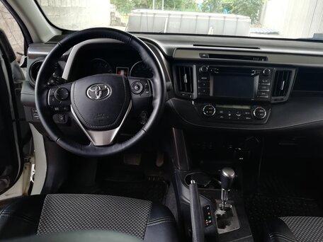 Купить Toyota RAV 4 пробег 35 500.00 км 2016 год выпуска
