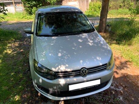 Купить Volkswagen Polo пробег 72 500.00 км 2012 год выпуска