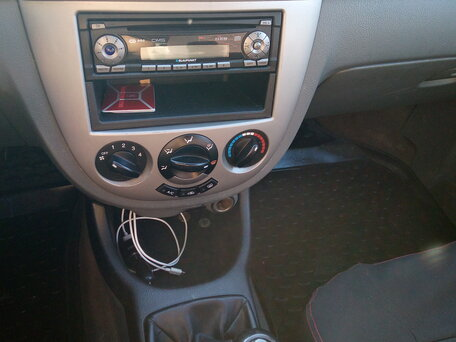 Купить Chevrolet Lacetti пробег 213 000.00 км 2008 год выпуска