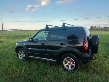 Купить Chevrolet Niva пробег 148 000.00 км 2009 год выпуска