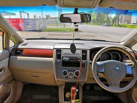 Купить Nissan Tiida пробег 180 000.00 км 2004 год выпуска