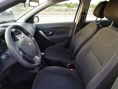 Купить Renault Logan пробег 41 000.00 км 2016 год выпуска