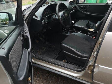 Купить Chevrolet Niva пробег 137 000.00 км 2013 год выпуска