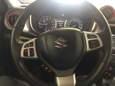 Купить Suzuki Vitara пробег 49 000.00 км 2017 год выпуска