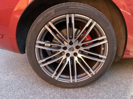 Купить Porsche Macan пробег 20 000.00 км 2014 год выпуска