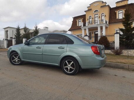 Купить Chevrolet Lacetti пробег 173 000.00 км 2008 год выпуска