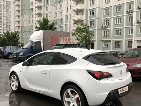 Купить Opel Astra пробег 90 100.00 км 2013 год выпуска