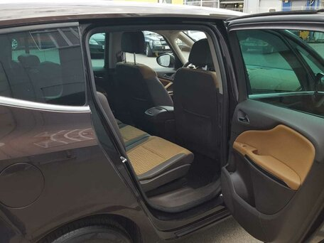 Купить Opel Zafira пробег 170 000.00 км 2013 год выпуска