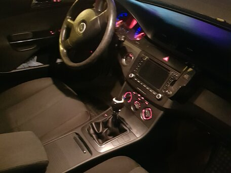 Купить Volkswagen Passat пробег 233 000.00 км 2005 год выпуска