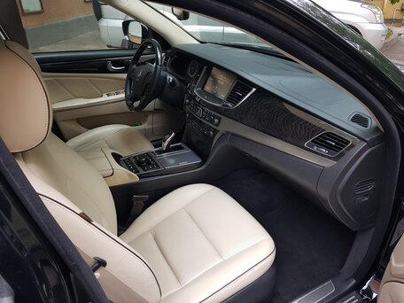 Купить Hyundai Equus пробег 81 230.00 км 2014 год выпуска