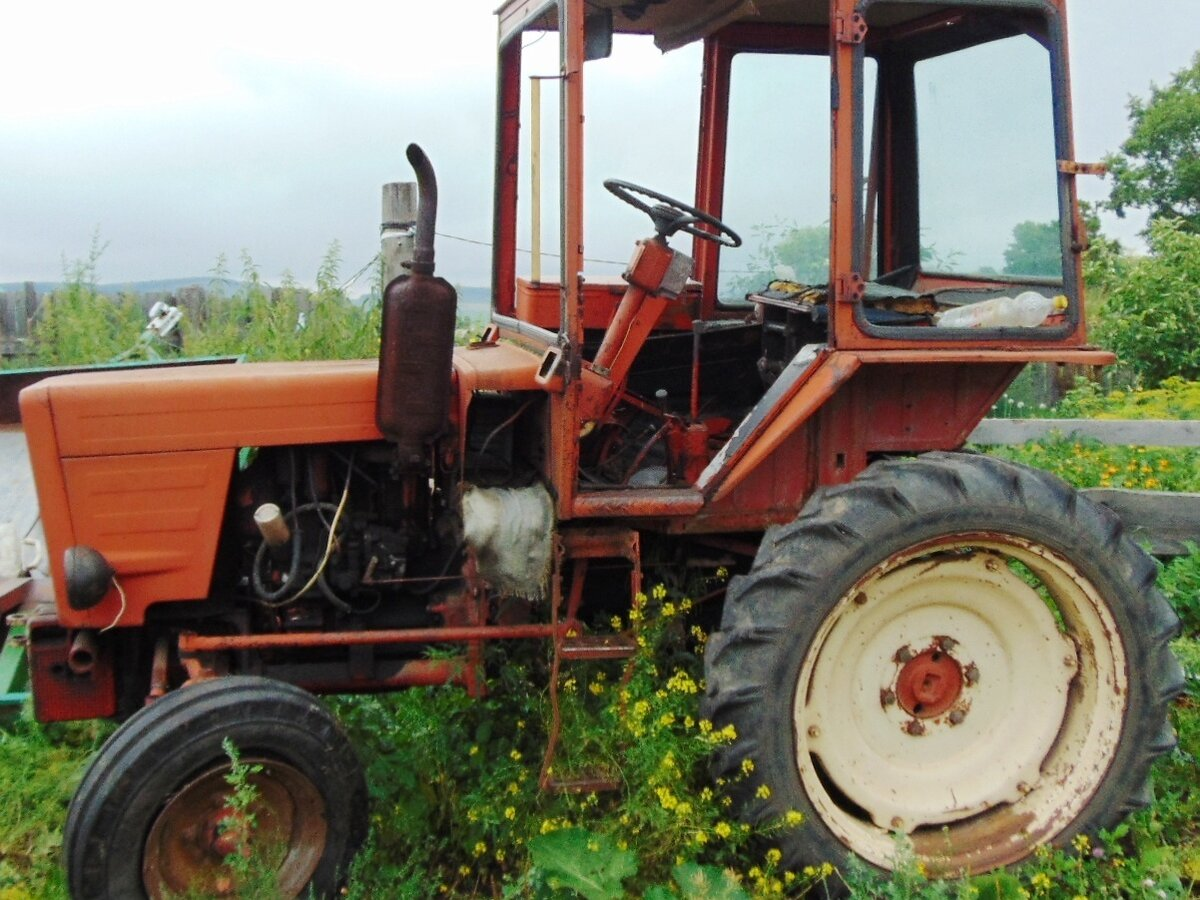 Спецтехника б у трактор т 25 строительная техника в работе экскаватор видео