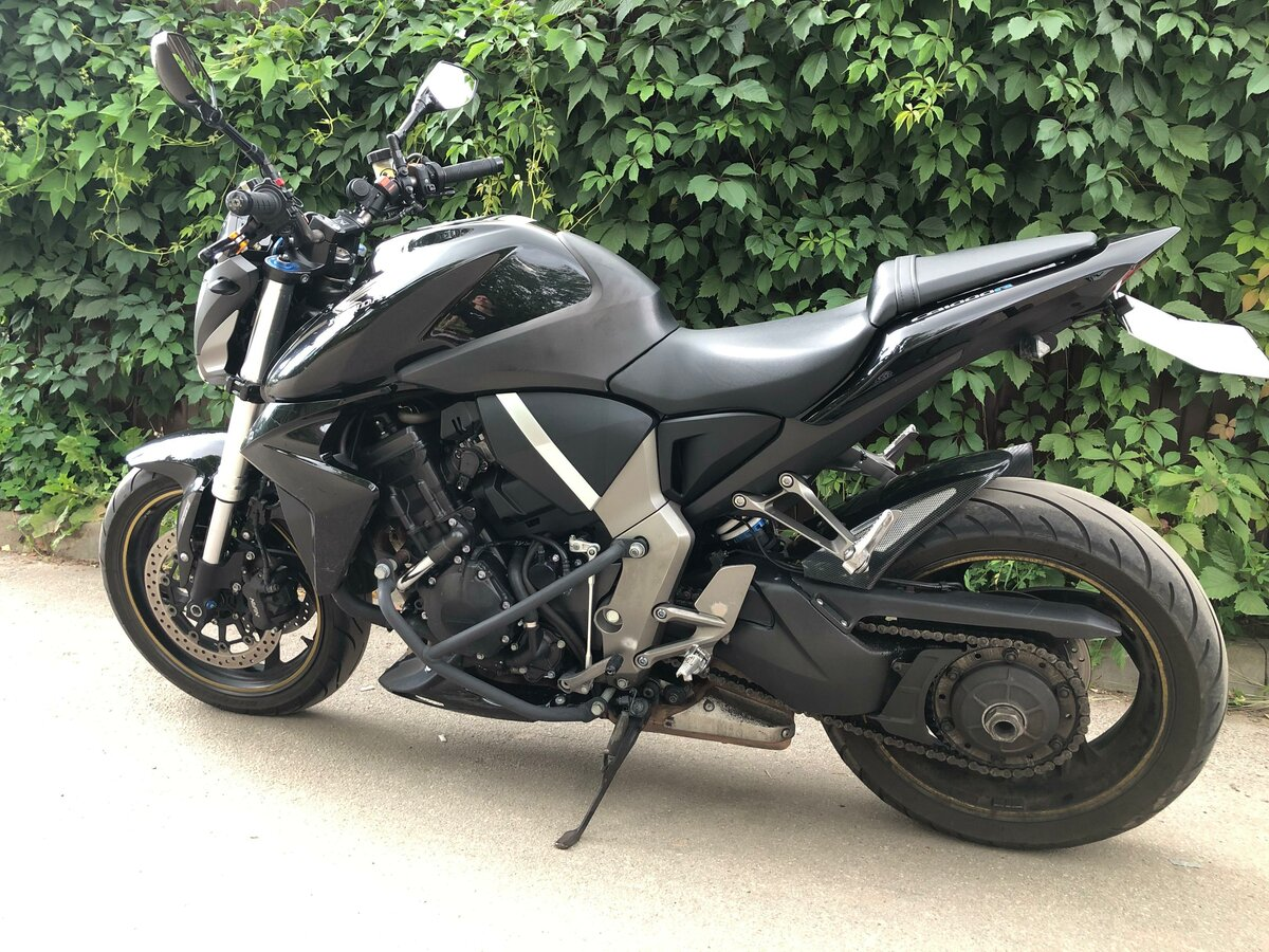 Купить б/у Honda CB 1000R инжектор 6 передач в Туле